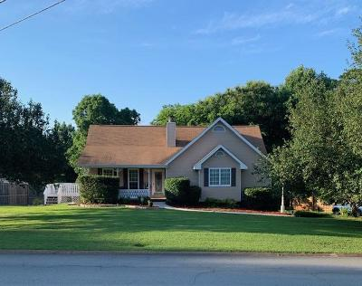 Ringgold Single Family Home Contingent: 293 Leona Dr