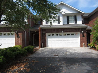 Townhouse For Sale: 3188 Waterfront Dr