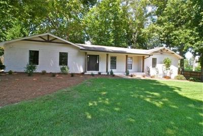 Soddy Daisy Single Family Home For Sale: 9839 Waterside Way