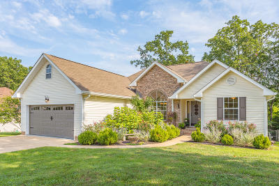 Single Family Home For Sale: 6229 White Tail Dr