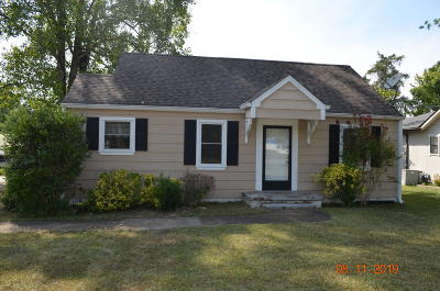 Single Family Home Contingent: 1511 Adair Ave