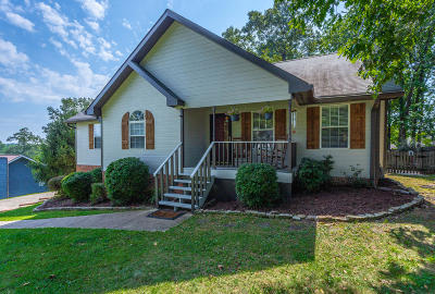Soddy Daisy Single Family Home Contingent: 9304 Sugar Pine Dr