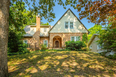Chattanooga Single Family Home For Sale: 109 Woodlawn Dr