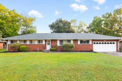 Chattanooga Single Family Home For Sale: 4723 Fairwood Ln