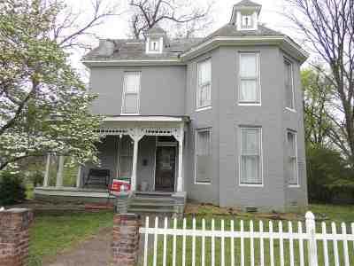 Newbern Single Family Home For Sale: 305 E Main
