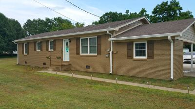 Newbern Single Family Home For Sale: 6082 Hwy 211