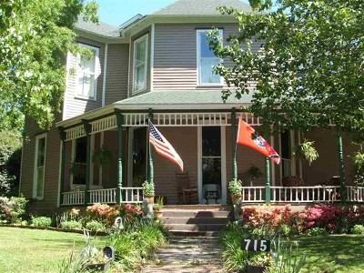 Trenton Single Family Home For Sale: 715 S Church