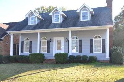Jackson TN Single Family Home For Sale: $136,500