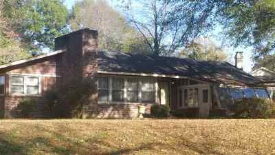 Jackson TN Single Family Home For Sale: $79,000