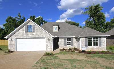 Jackson TN Single Family Home For Sale: $176,900