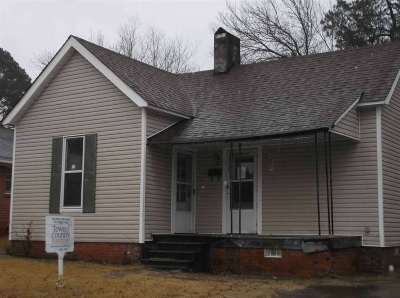 Jackson TN Single Family Home For Sale: $11,500