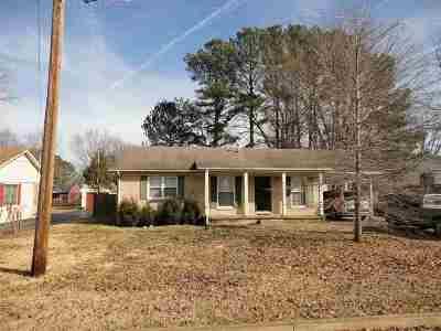 Chester County Single Family Home For Sale: 608 Rosebud