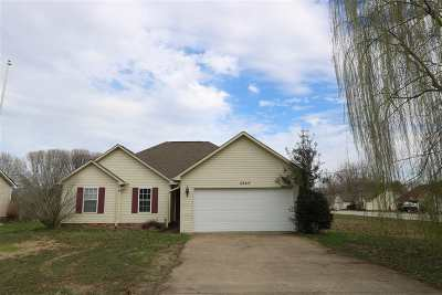Milan Single Family Home For Sale: 4840 Shelia