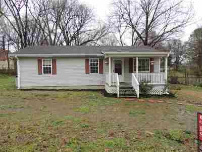 Newbern Single Family Home For Sale: 106 S York St