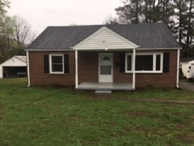 Madison County Single Family Home For Sale: 90 Lynwood Dr