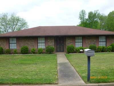 Dyer Single Family Home For Sale: 124 Scattered Acres Dr.