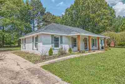 Haywood County Single Family Home For Sale: 809 W Thomas
