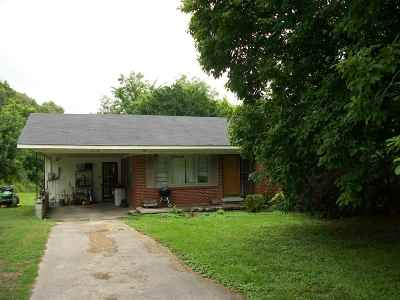 Newbern Single Family Home For Sale: 1568 Locust Grove Rd
