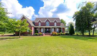 Haywood County Single Family Home For Sale: 615 Henry Ward