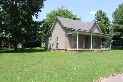 Newbern Single Family Home For Sale: 212 Parks