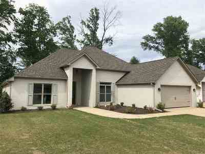 Jackon, Jackson, Jackson Tn, Jakcson Single Family Home For Sale: 47 Doe Valley