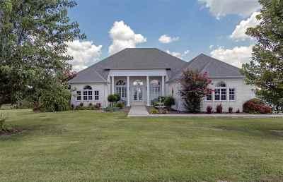 Trenton Single Family Home For Sale: 72 Graves