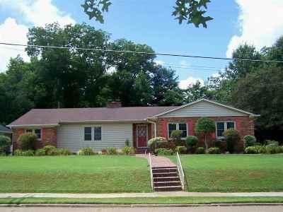 Trenton Single Family Home For Sale: 732 S College