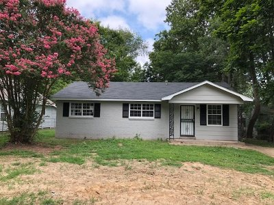 Gibson County Single Family Home For Sale: 1323 N 22nd
