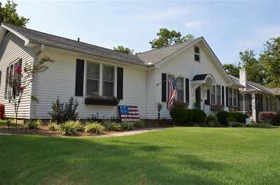 Haywood County Single Family Home For Sale: 15 N McLemore Ave
