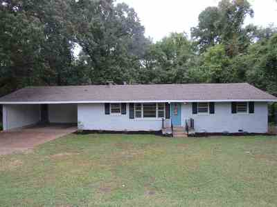 Madison County Single Family Home For Sale: 45 Tinker Hill Road