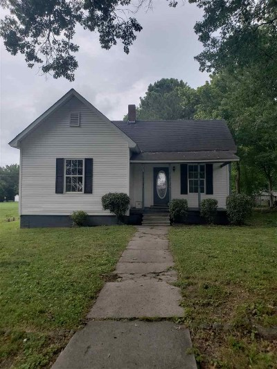 Madison County Single Family Home For Sale: 210 B