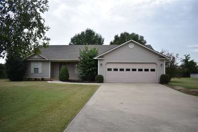 Newbern Single Family Home For Sale: 640 W Wind Drive Ext