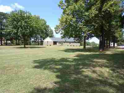 Newbern Single Family Home For Sale: 320 Red Bell Rd