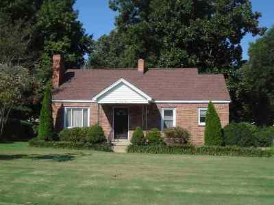 Bradford, Dyer, Gibson, Humbodlt, Humboldt, Huntingdon, Jackson, Kenton, Rutherford, Three Way, Windy City, Yorkville Single Family Home For Sale: 623 N 28th