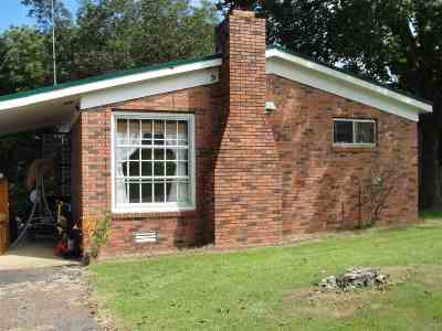 Madison County Single Family Home For Sale: 135 Midyett