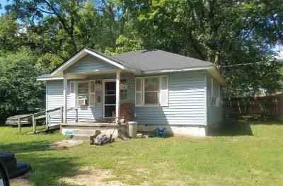 Haywood County Single Family Home For Sale: 817 Cobb