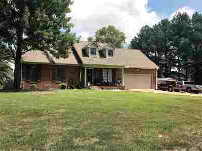 Newbern Single Family Home For Sale: 290 Red Bell