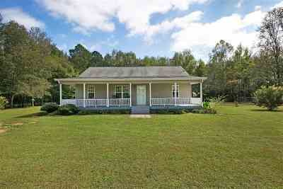 Madison County Single Family Home For Sale: 124 Wilde Road Ext
