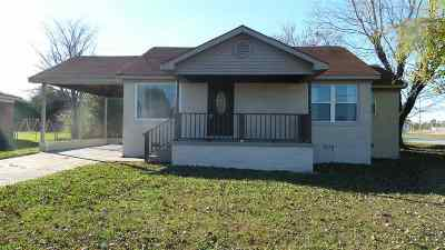 Henderson County Single Family Home For Sale: 649 Weaver St.