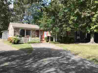 Henderson County Single Family Home For Sale: 67 Morningside