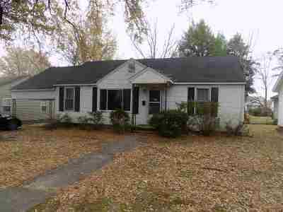 Trenton Single Family Home For Sale: 210 E 7th