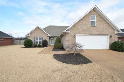 Gibson County Single Family Home For Sale: 506 Indian