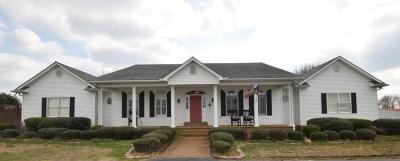 Bradford, Dyer, Gibson, Humbodlt, Humboldt, Huntingdon, Jackson, Kenton, Rutherford, Three Way, Windy City, Yorkville Single Family Home For Sale: 144 Jim Bob Scruggs