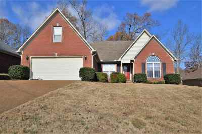 Madison County Single Family Home For Sale: 145 Greencastle