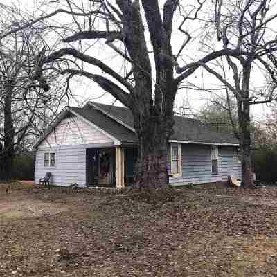 Madison County Single Family Home For Sale: 805 Whitehall