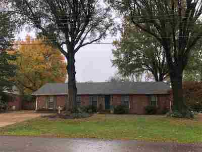 Madison County Single Family Home For Sale: 18 Lesa