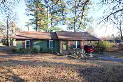 Madison County Single Family Home For Sale: 911 Rocky Springs