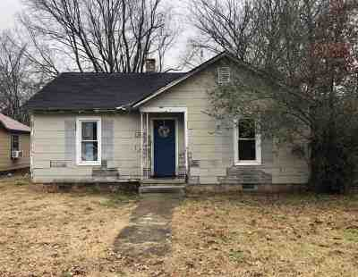 Single Family Home For Sale: 1631 Poplar
