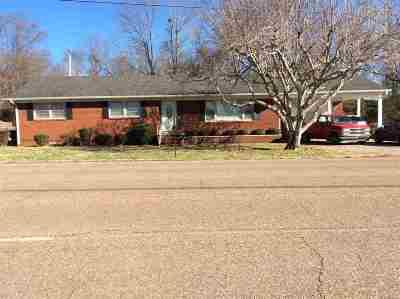 Bradford, Dyer, Gibson, Humbodlt, Humboldt, Huntingdon, Jackson, Kenton, Rutherford, Three Way, Windy City, Yorkville Single Family Home For Sale: 635 N Main
