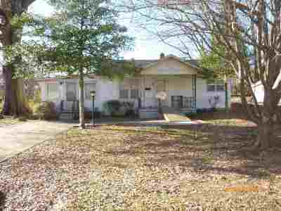 Trenton Single Family Home For Sale: 810 George Street
